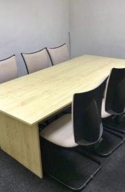 sala-riunioni-coworking-jagodina-particolare